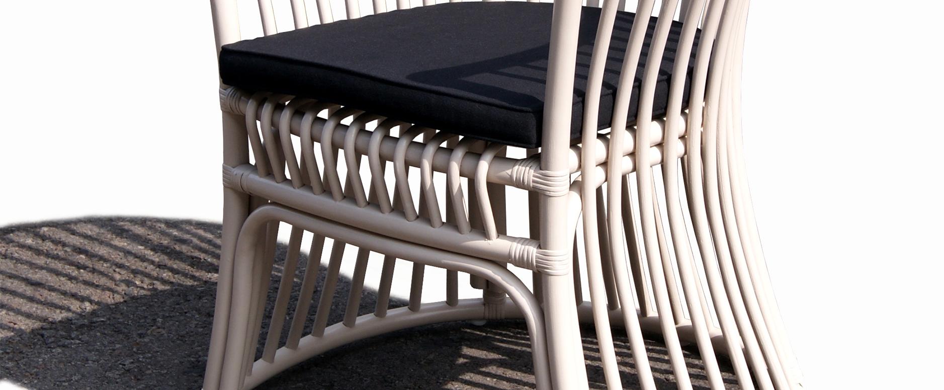 B14-R 1702 Arm chair SLIDE 2